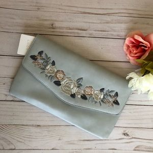 NEW LOOK Embroidered Clutch Bag